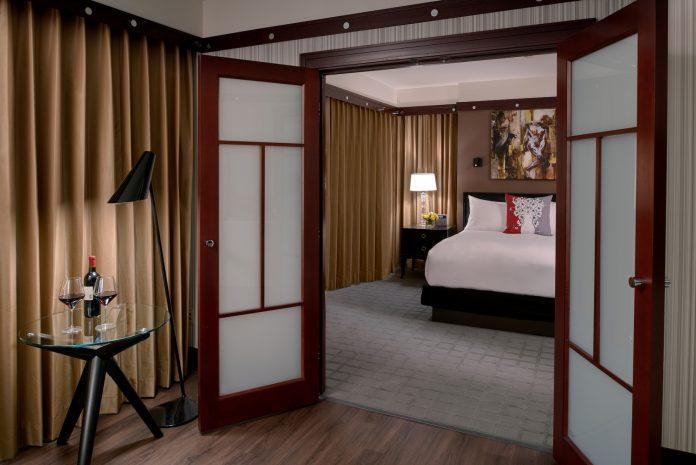 prestige-suite-evening
